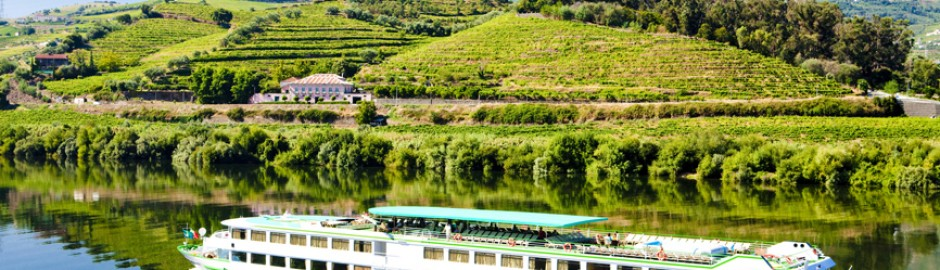 Bateau-de-croisière-Peso-da-Regua--Douro-Valley-Portugal